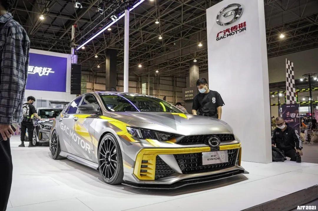 7大车厂强势入局AIT,多款原厂改装车及套件发布