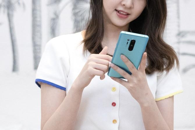 """《【星图平台最大总代】一加手机8pro怎么样 七夕送她一片""""青空""""》"""