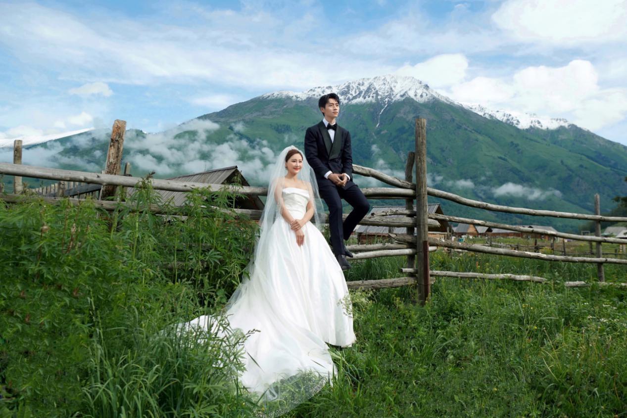 铂爵婚纱照_惠州铂爵婚纱照